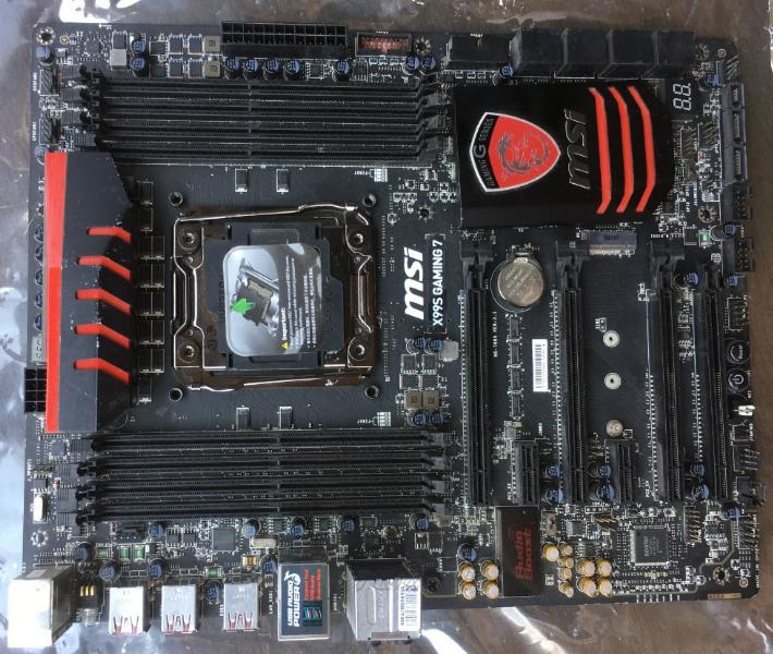 MSI X99S GAMING 7 DDR4 2011-3 Carte mère